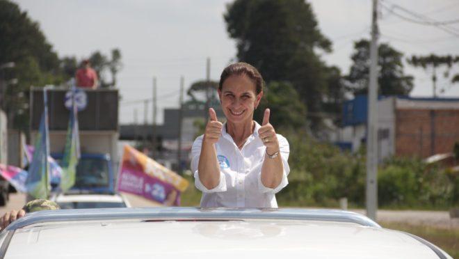 Vereadora, Nina Singer (Cidadania) foi eleita prefeita de São José dos Pinhais